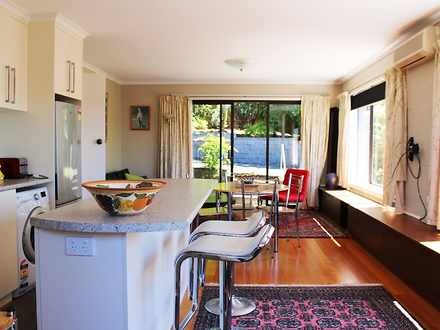 House - 7 Broadwaters Parad...