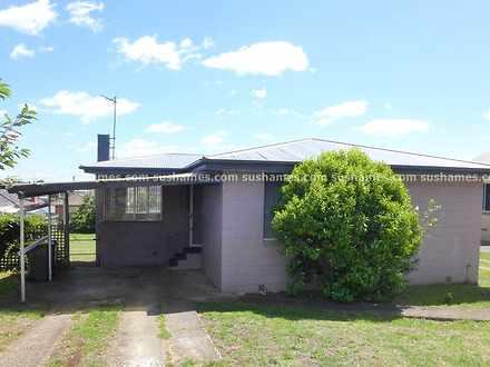 House - 12 Morris Avenue, D...