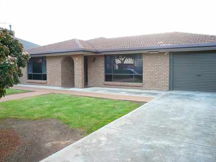 House - 4 Byrness Avenue, D...