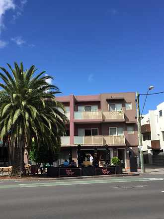 Apartment - Orrong Crescent...