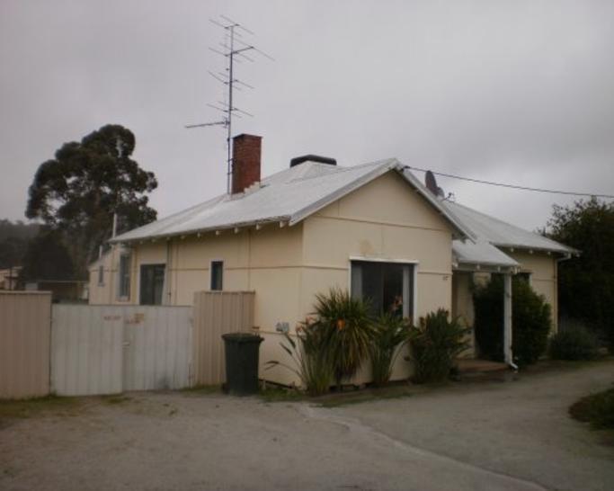 House - 67 Hovea Crescent, ...