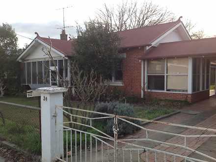 House - 24 Prince Street, M...