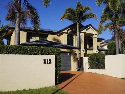 House - 212 Westlake Drive,...