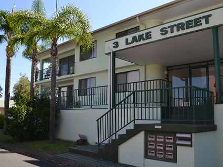 House - 8/3 Lake Street, Tu...