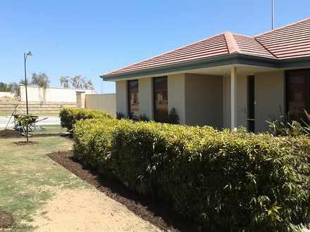 House - Sinagra 6065, WA