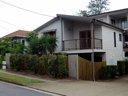 Townhouse - 2/5 Livingstone...