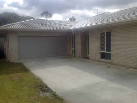 House - Eight Mile Plains 4...