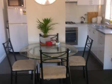 Apartment - The Avenue, Cra...
