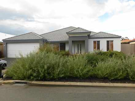 House - Tenterfield Green, ...