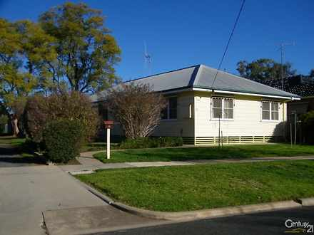 House - 15 Collier Street, ...