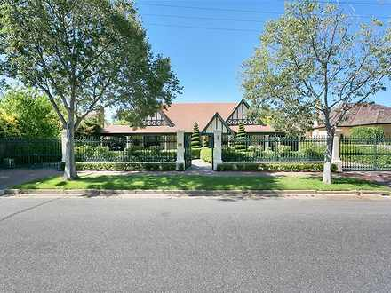 House - 3 Andrews Avenue, M...