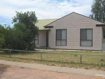 House - 6 Kirkham Avenue, P...