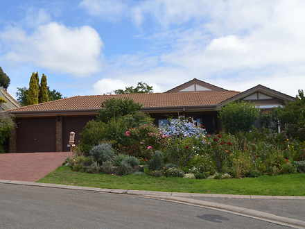 House - 7 Highwood Court, A...