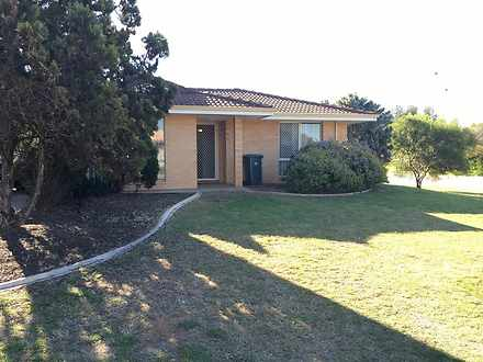 House - 2 Mallee Court, Mou...