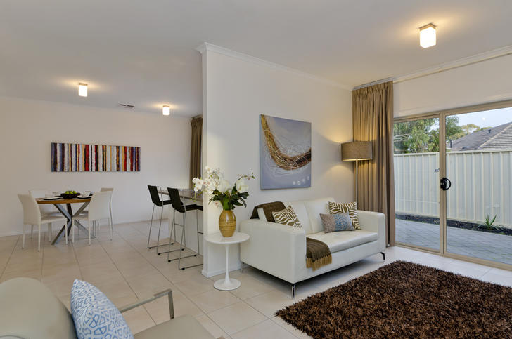 82be71b0b3fbbf430f64a81e 1445914367 28427 002 open2view id359912 3   3 pemberton st oaklands park 1585091695 primary
