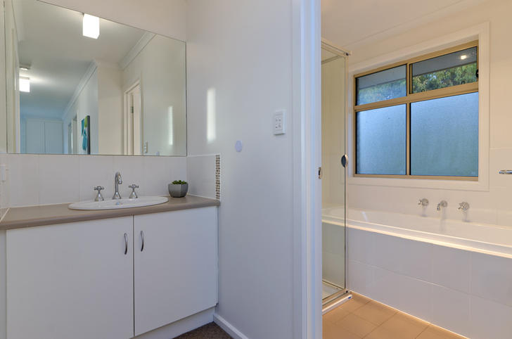 684bc7df6b28a5178ac5ad3b 1445914382 28493 012 open2view id359912 3   3 pemberton st oaklands park 1585091734 primary