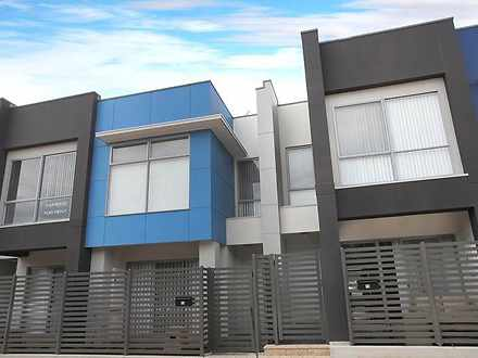 Townhouse - 12 Grundy Road,...