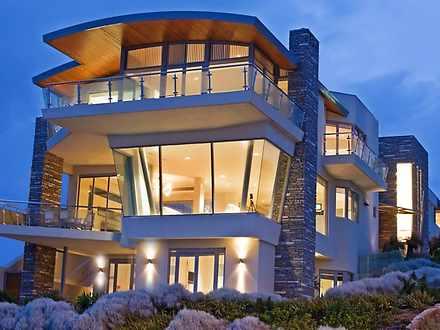 House - 157 West Coast Driv...