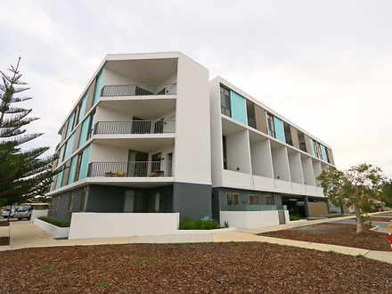 Apartment - 32/22 Heirisson...