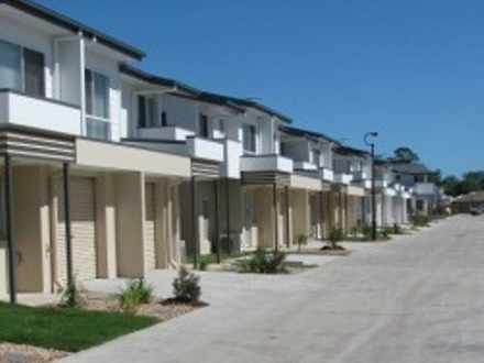 Townhouse - Deception Bay 4...