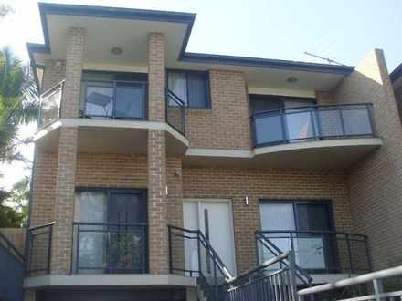 House - 13A Linden Grove, E...