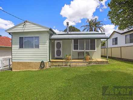 House - 17 Fennell Crescent...