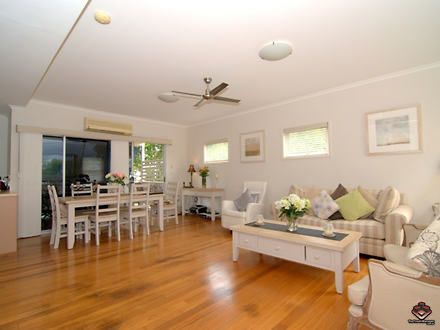 Townhouse - 21 Hazelwood St...
