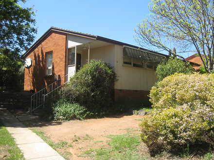 House - 35 Macfarland Cresc...