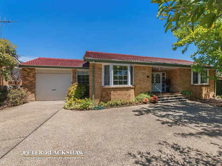House - 11 Hopetoun Circuit...