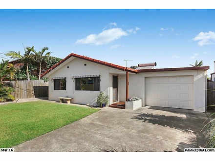 House - 32 Donald Avenue, P...