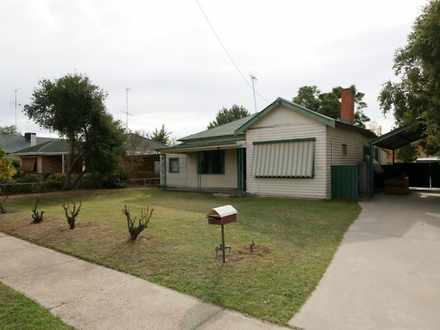 House - 455 Cressy Street, ...