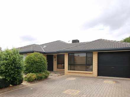 House - 15 Rossiter Drive, ...