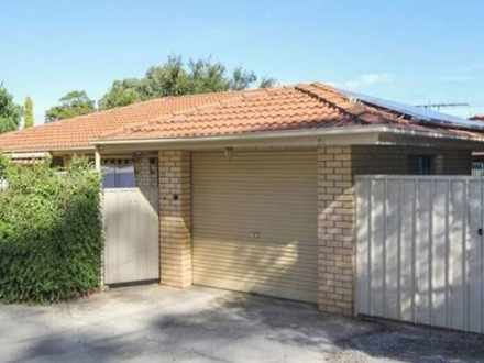 House - 5/5 Barracks Road, ...