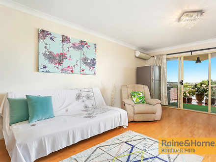 Apartment - 4/1 Hillview St...