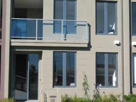 Townhouse - 38 Mill Avenue,...