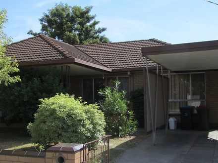 House - 9 Oak Street, Golde...