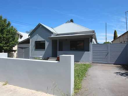 House - 33 Blenheim Street,...