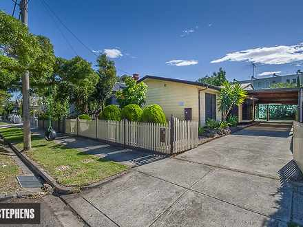 House - 22 Warleigh Road, W...