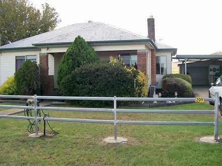 House - 209 Segenhoe Road, ...