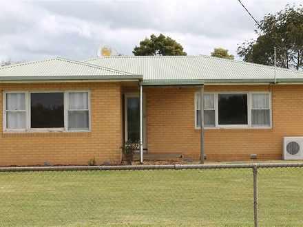 House - 2470 Cobden   Laver...