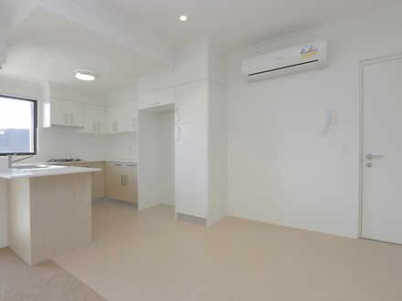 Apartment - 65/7 Durnin Ave...
