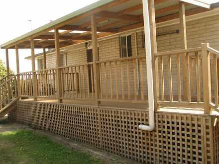 House - 6 Leatherwood Place...