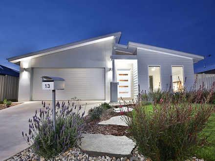 House - 13 Karalanza Drive,...