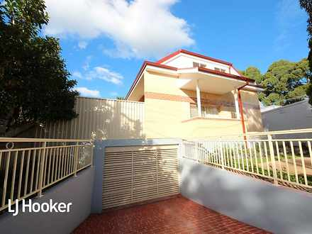 Townhouse - 3/76 Burwood Ro...