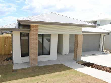 House - 32 Abrahams Road, S...