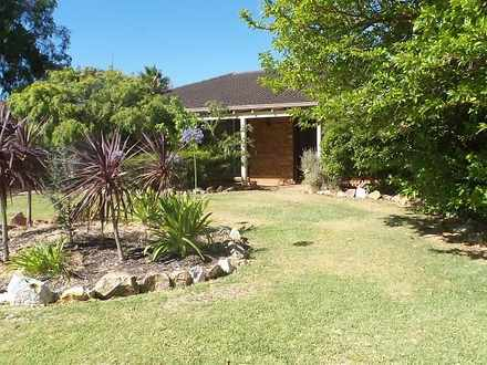 House - 6 Melville Court, G...