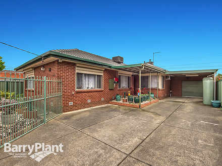 House - 30 Willow Avenue, S...