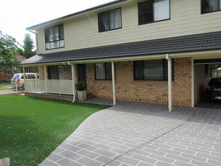 Semi_detached - 19 Pinot St...