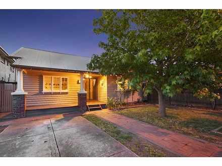 House - 216 Gordon Street, ...