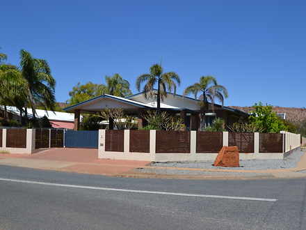 House - 2 Cromwell Drive, D...